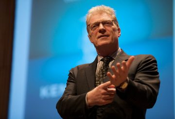 1280px-sir_ken_robinson__the_creative_company_conference