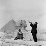 Lοuis Armstrong Plays For His Wife In Giza, 1961